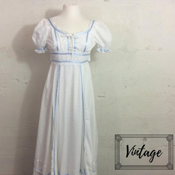 VTG Lace Up Bust Ivory Eyelet Peasant Maxi Dress 5057f94f0
